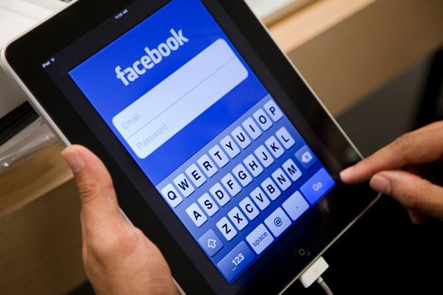 Facebooktablet.jpg